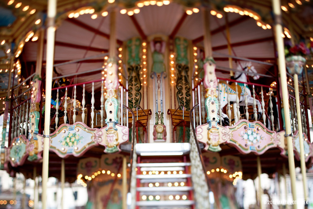 8_carousel_paris_2