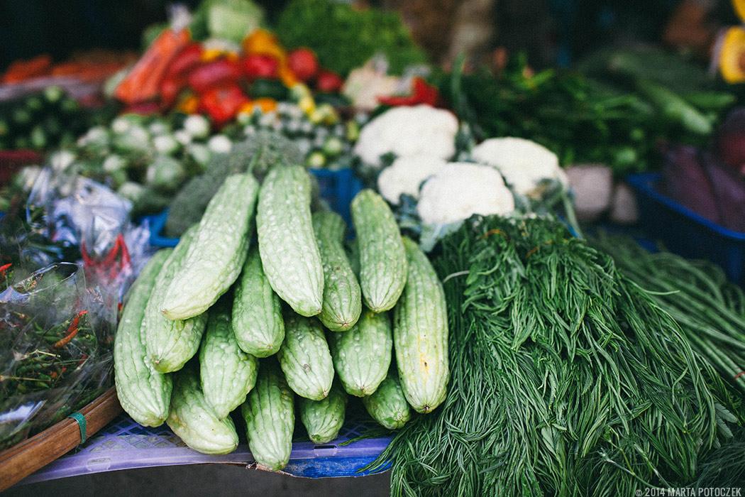 13-food market chiang mai