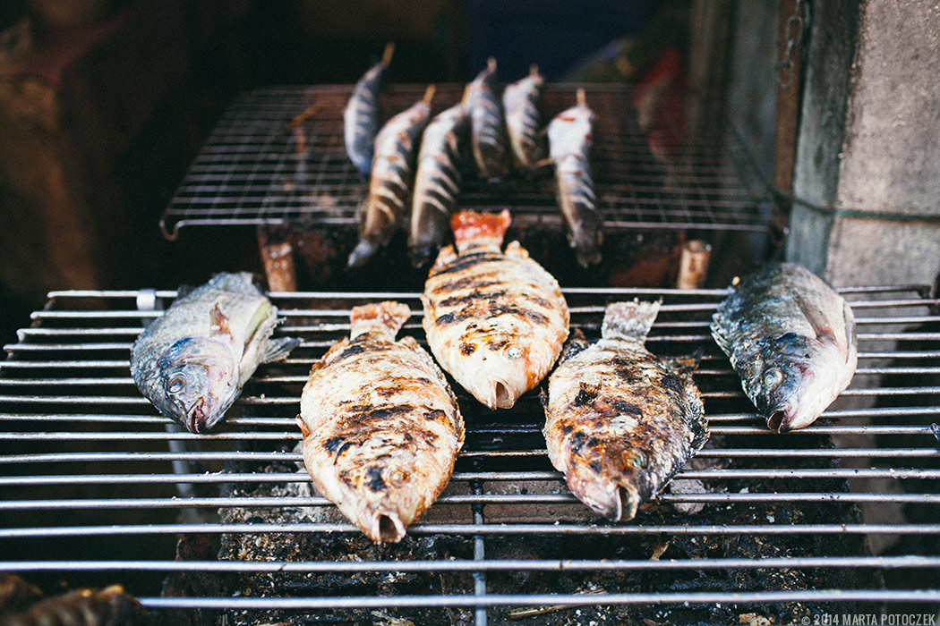 16-food market chiang mai