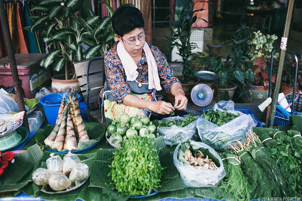 21-food market chiang mai