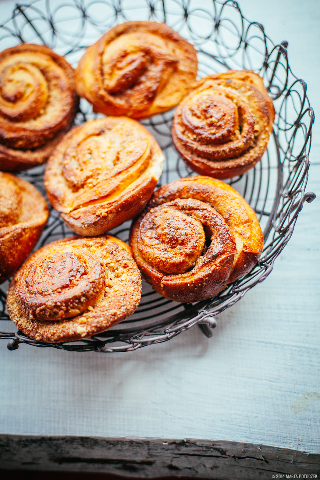 2_cinnamon_buns_nordic_bakery