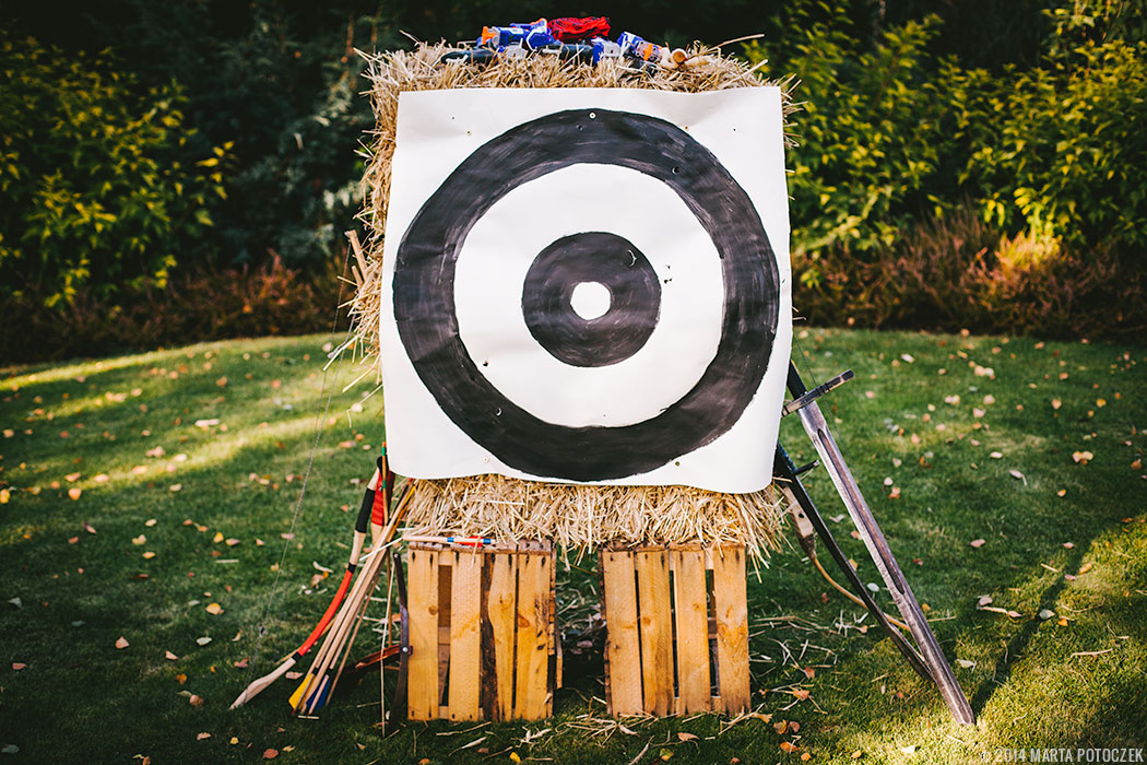 diy archery target ghost party