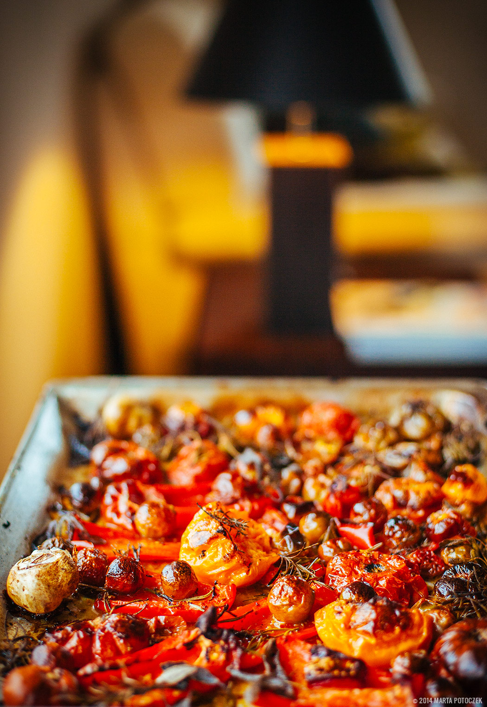 upieczone pomidory i papryki