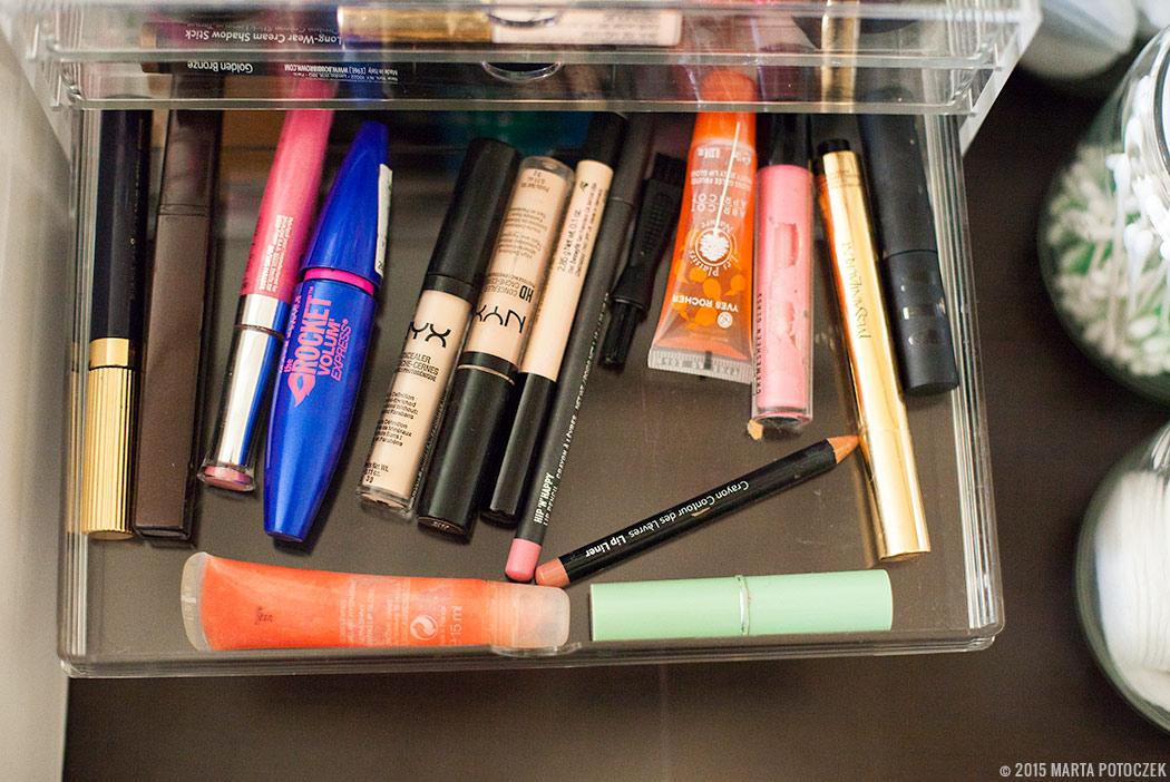 Przechowywanie kosmetyków do makijażu