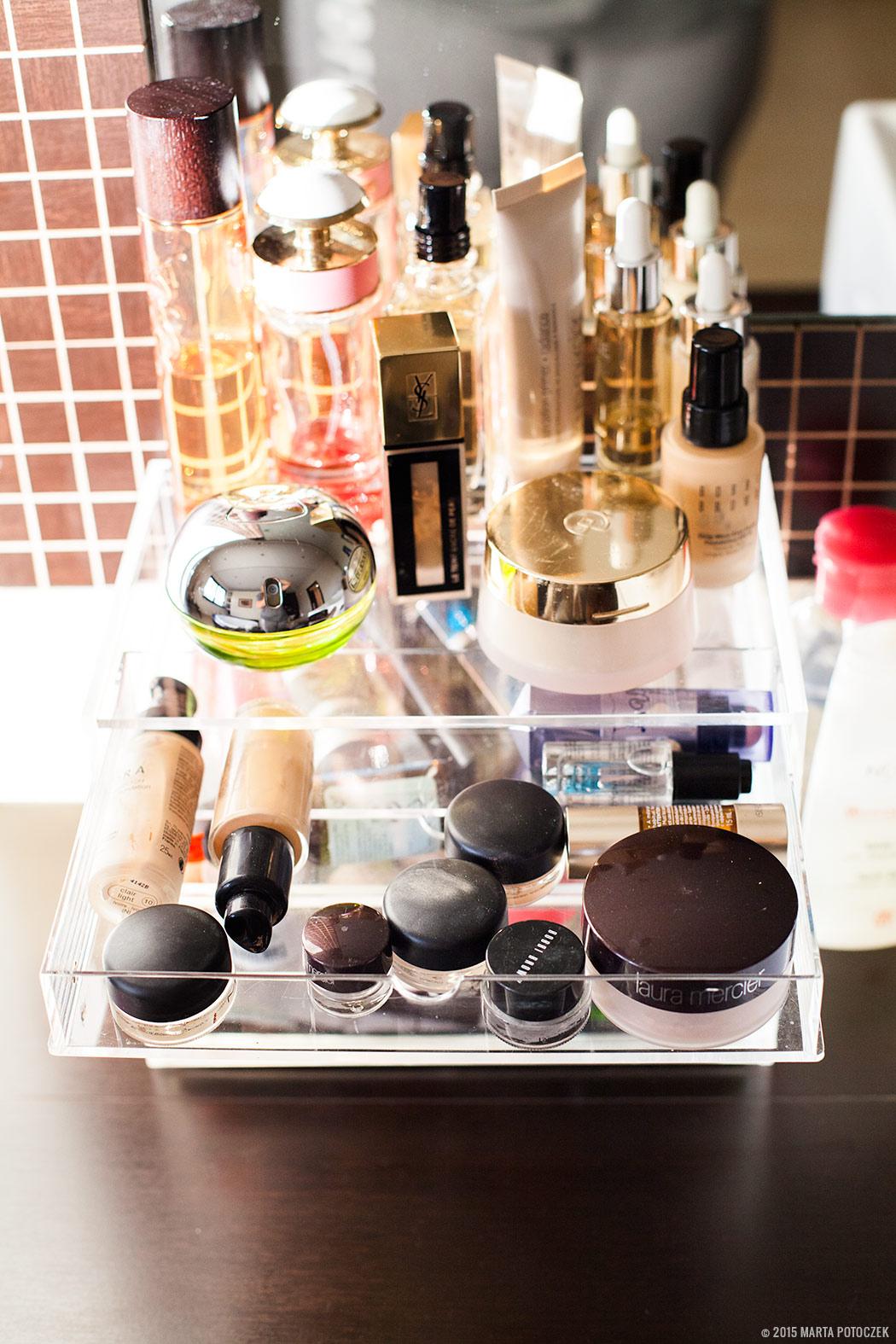 Przechowywanie kosmetyków pojemniki