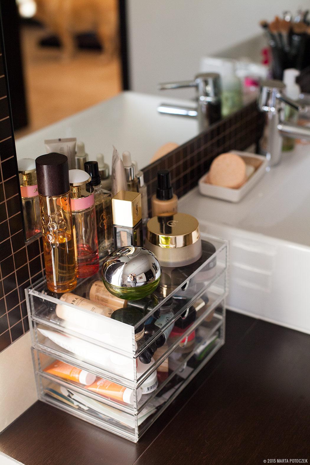 Przechowywanie kosmetyków w łazience