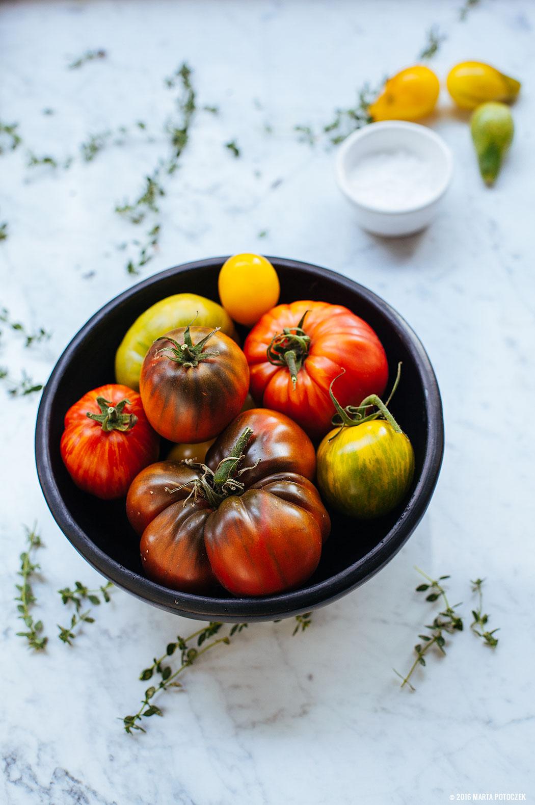 czarne-pomidory