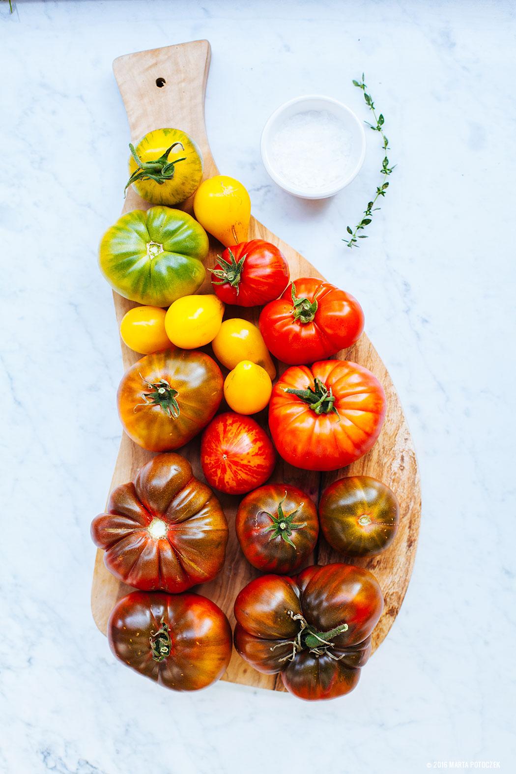 pomidory-na-desce