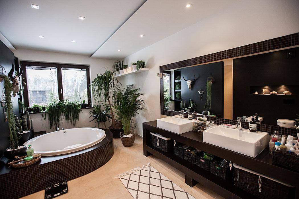 duża łazienka