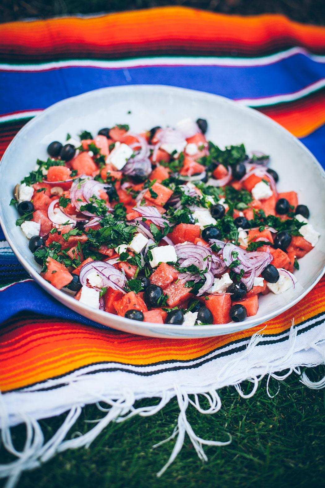 letnia-salatka sałatka z arbuzem i fetą